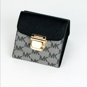 New Michael Kors Trifold Bridgette Wallet